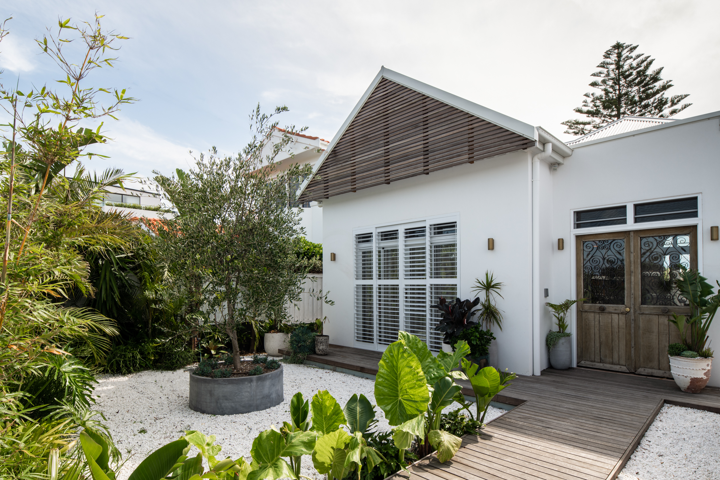 WalkerBuild-Vaucluse-Renovation-Construction-Sydney-Old Head Road LR-32